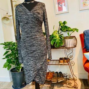 ♻️🍁Aritzia | Wilfred Free Grey Wrap Dress